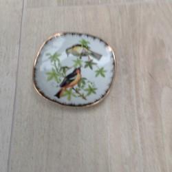 Lille platte med fugle