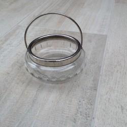 Fin glas sukkerskål med håndtag og slibninger
