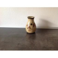 vase med brombær