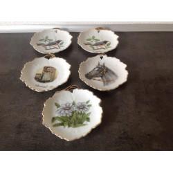 Små askebæger/platter eller vægophæng